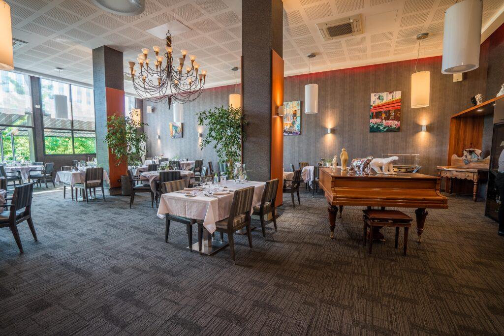 Le Cheverny Salle Principale du restaurant